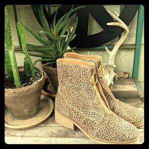 Lucky Brand Tibly suede leopard print boot 8.5